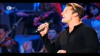 Pavarotti & Friends 2003 - Luciano & Ricky Martin - La Mia Canzone al Vento