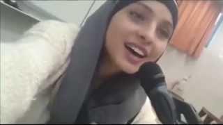 """Muslim girl singing """"Tala' al Badru 'Alayna"""" - طلع البدر علينا"""