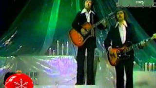 ► Czerwone Gitary - Dzień jeden w roku  - video clip ◄ Jest taki dzień - polskie kolędy