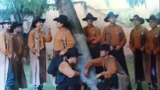 EL AUTOBUS PASAJERO  Hugo Arroyo con Banda Rodeo