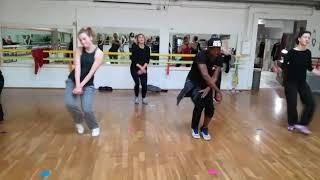 KEDJEVARA - Remue la Bouteille - Chorégraphie Kevin Kimbengui