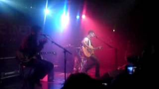 Boyce Aveneue - Dynamite [Taio Cruz cover Live @ The Scala, London]