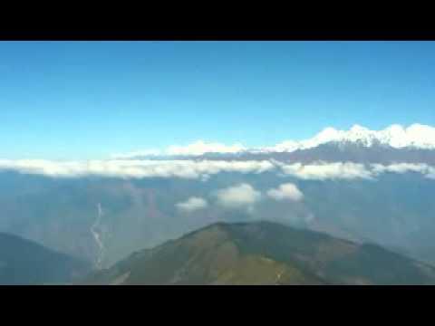 Trekking in Gosai Kunda NEPAL Selling beauty (www.nabadwip.com)