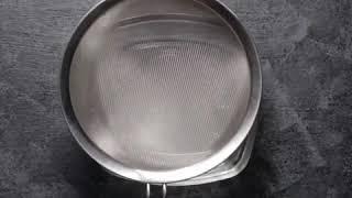 Chinese Steamed Egg | Yummy  Bahan:  3 buah telur 200 ml kaldu ayam 1 sdt garam 2 sdt minyak wijen 1
