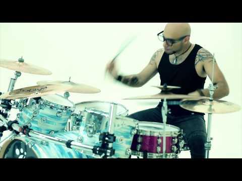 david-guetta-play-hard-ft-ne-yo-akon-aurorabrivido-rock-cover-on-itunes-aurorabrivido