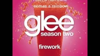 Firework - Glee (Lyrics on screen)