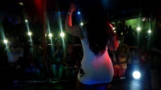 Mulher melancia cantando no clube do Gílson em itupiranga Pará. Foi top esse dia ..