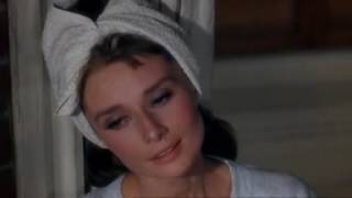 Audrey Hepburn - Moon River - Breakfast at Tiffany's