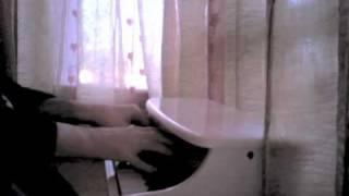 Toy Piano - L'Autre Valse d'Amelie - Yann Tiersen by Tiago Videira
