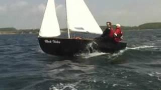 Wayfarer sailing