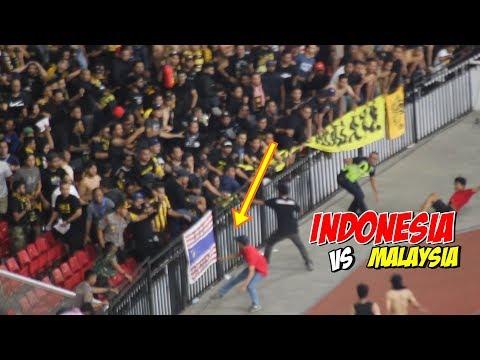Download Video Detik Detik Kisruhnya Laga PANAS Indonesia Vs Malaysia Kualifikasi Piala Dunia