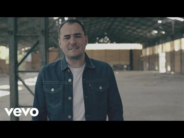 """Video de """"La llamada"""" de Ismael Serrano"""