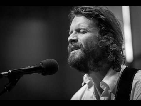 father-john-misty-bored-in-the-usa-acoustic-live-on-893-the-current-the-current