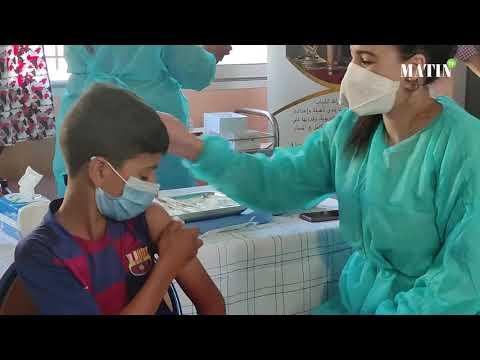 Video : Casablanca : lancement de centres de vaccination mobiles pour les 12-17 ans