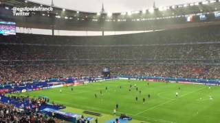 Tout le stade de France reprend le clapping islandais (frissons garantis)