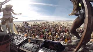 "Be Svendsen @ Robot heart / Burning Man  ""Tame The Grain rmx"""