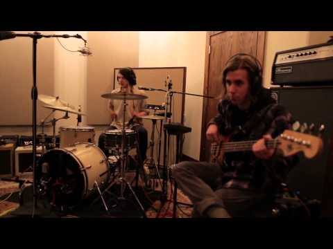 the-districts-long-distance-buzzsession-the-wild-honey-pie