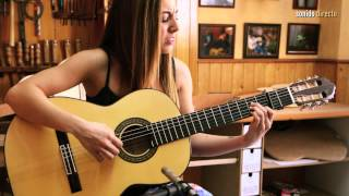 """María Carrasco & Antonio Bernal (Luthier de Guitarras / Sevilla) - """"La quiero a morir"""""""