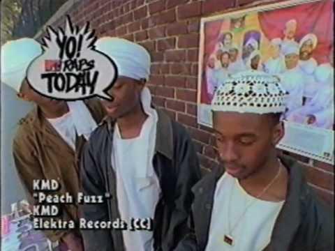 Peachfuzz de K M D Letra y Video