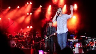 Huey Lewis and the News plays Back in Time live at Universal Orlando Mardi Gras 2014