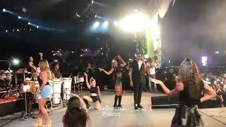 Ivete Sangalo Dança Com Léo Santana e Desce Até o chão No Baile Da Santinha