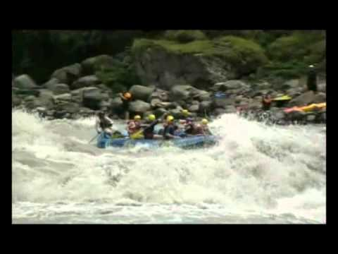 Whitewater River Rafting in Nepal (www.udnepal.com)