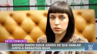EL PRESENTADOR ANDRÉS SIMÓN Y SEBASTIÁN SILVA