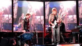 Bon Jovi- Raise Your Hands - Live in München 2008