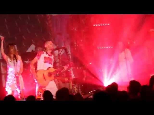 Vídeo de un concierto en Las Armas de Zaragoza.