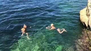 Bojana Ristivojević i njena sestra Jovana uživaju na Malti