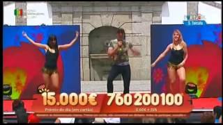 """Cantor MAURO """"Mulher"""" em S. Torcato, Guimarães - (RTP) Informações para Espetáculos"""