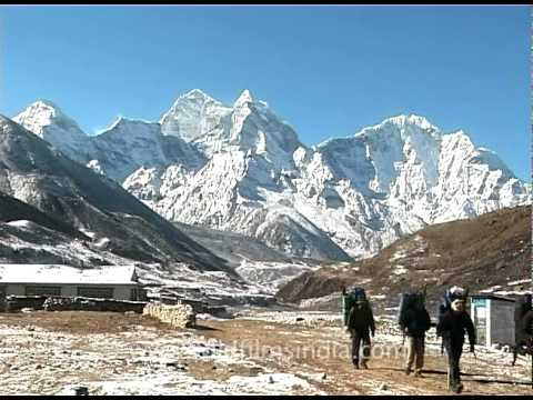 Trekkers in the Everest region