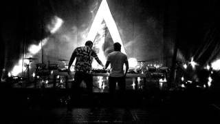 Axwell /\ Ingrosso ft Years vs Calvin Harris & Alesso - Under Control + ID
