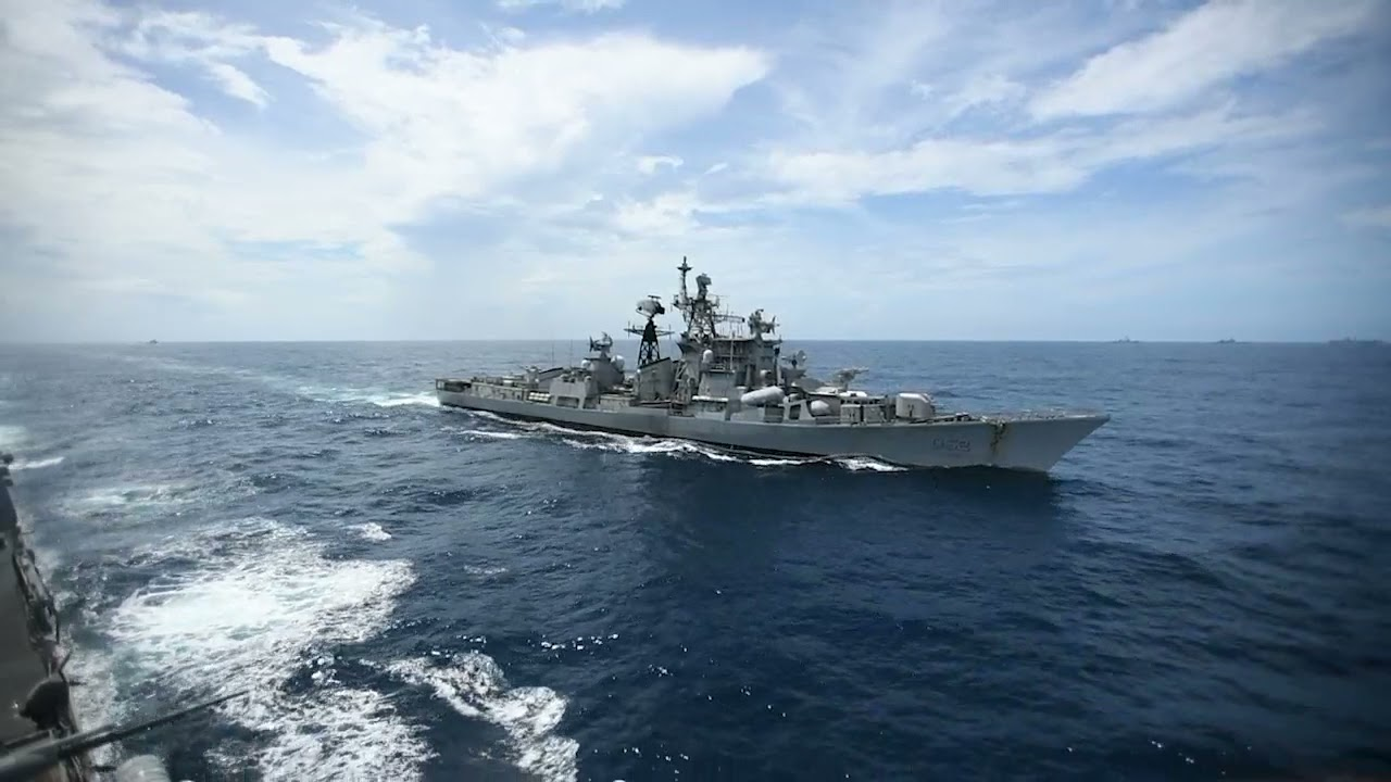 US Navy and Indian Navy Destroyers • Passing Maneuvers • Indian Ocean