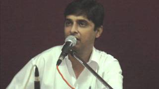 Ghazal - Uday Shah - suraj chand jaisi jodi hum donon.wmv