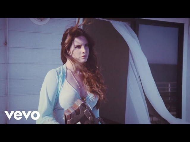vídeo Lana Del Rey - High By The Beach