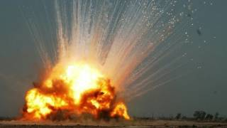 Explosion+Ringing of the ears sound effect