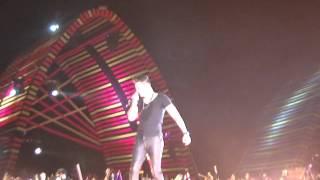 Luan erra outra musica - Gravação 3° DVD Luan Santana - Arena Maeda