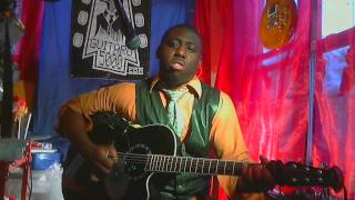 Biggie Smalls  acoustic percussion By Guitaro 5000 (Mo MOney Mo Problems)