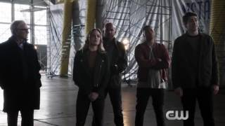 The Flash, Arrow, Supergirl, DC s Legends of Tomorrow - Mega Crossover - Sneak Peek Legendado