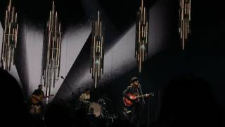 'Sleep on the Floor' - The Lumineers LIVE
