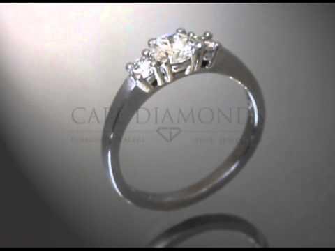 3stone ring,plain sides,round,engagement ring