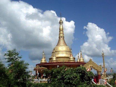 The Buddha Dhatu Zadi (Golden Temple) 01