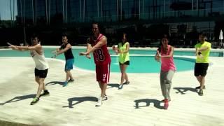 ZUMBA® 'Metela Sacala' El Chevo - Dance Project Team