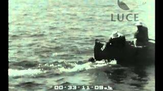 Hassan Hammad vince la Capri-Napoli di nuoto.