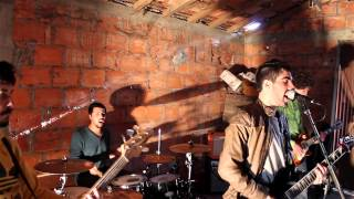 Fonzie - A tua imagem cover by Meanwhile Band