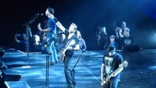 Nickelback - Far Away (Live @ Amsterdam Ziggodome 03-10-2016)