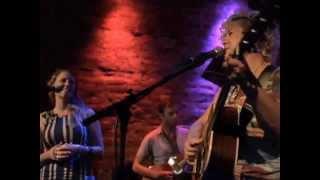 "Cariad Harmon & Victoria Vox  ""Louie"" - Live at Rockwood Music Hall"
