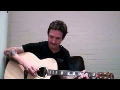 Frank Turner - Pancho and Lefty (Addistock Sessions) Chords - Chordify