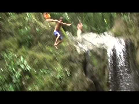 Todos vamos a morir  — Trailer II —